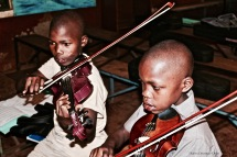 Some of Ghetto Classics' beginner violinists.